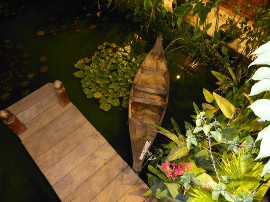 أنجكور فيلدج هوتل: Jardins 