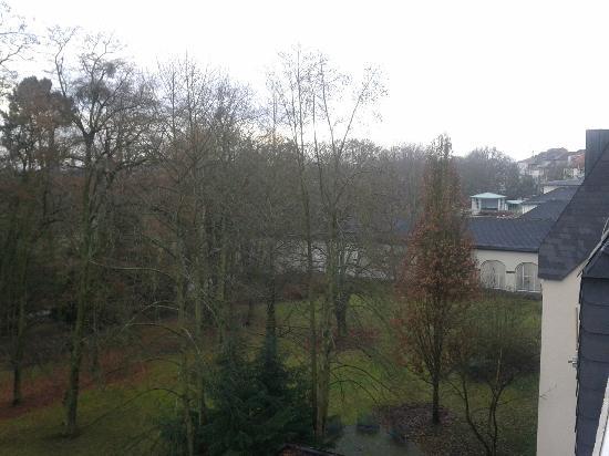 Dolce Bad Nauheim: Blick vom Balkon in Richtung Kurpark/Einkaufsmeile