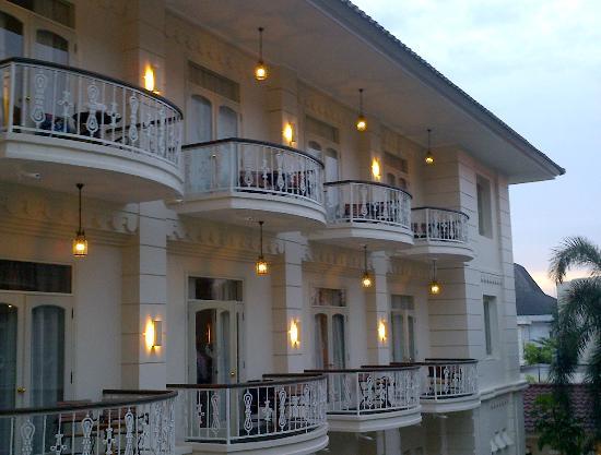 The Phoenix Hotel Yogyakarta - MGallery Collection: Balkon