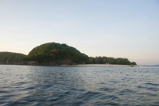 Mangenguey Island: Manguenguey Island