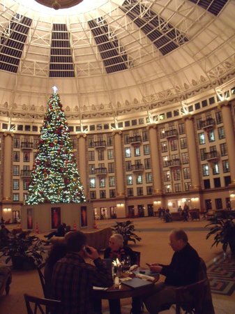 West Baden Springs Hotel: Dinner under the dome with my Swiss friends.