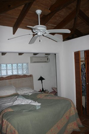 Pigeon Cay Beach Club: Causarina bedroom; one we used