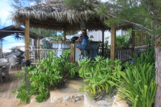 Pigeon Cay Beach Club: Honor Bar, Internet access point