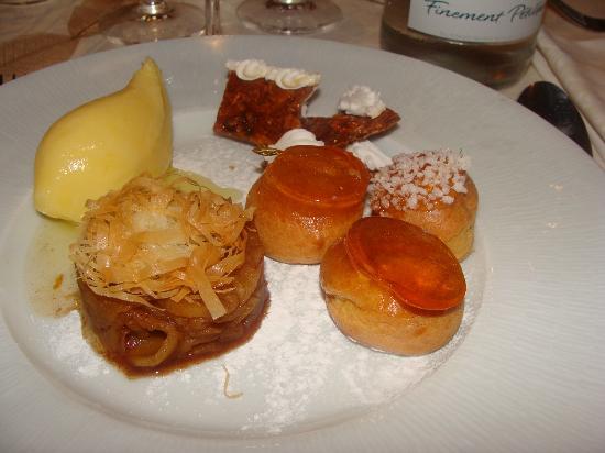 RIVE GAUCHE : Choux caramélisés au Grand-Marnier, pommes confites à l'orange et aux épices douces, sorbet cara