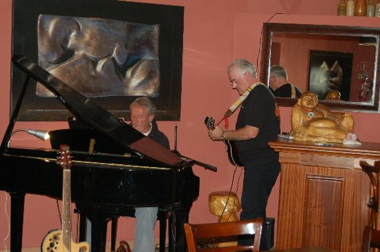 Live Music at Coopers Bar Bistro