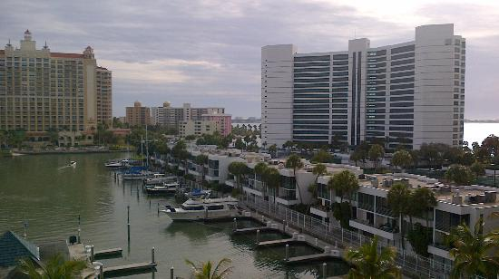 Hyatt Regency Sarasota: View of right side of the Marina from the hotel
