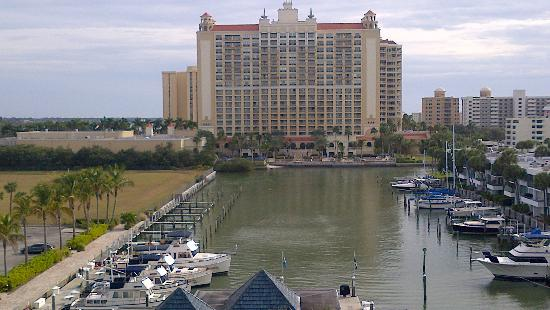 Hyatt Regency Sarasota: View of the end of the Marina