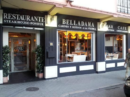 Fachada del restaurante fotograf a de restaurante cafe for Fachada para restaurante