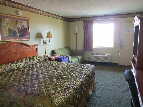 Americas Best Value Inn-St. Louis / Downtown: Our room