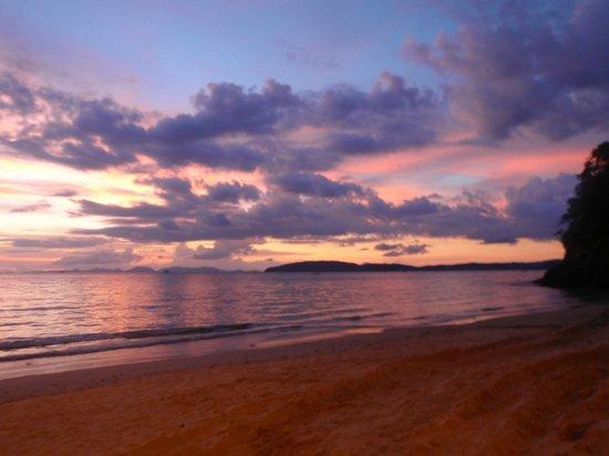 Centara Grand Beach Resort & Villas Krabi: sunset