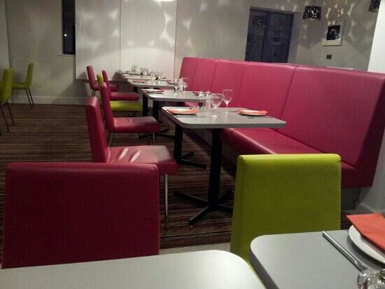 Ibis Styles London Southwark Rose: Nice restaurant. Friendly staff .