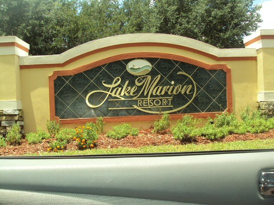 Lake Marion Golf Resort: Gated Community