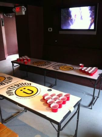 Der Hinterhof : beer pong tables for fun