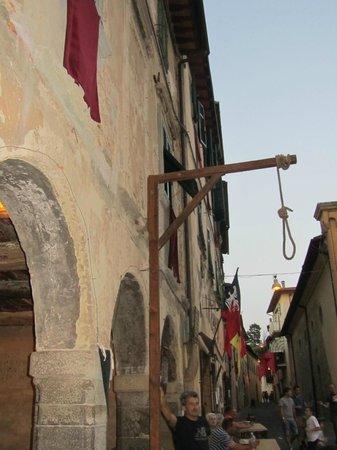 Fattoria Isola: Laterina, Middeleeuws festival elk jaar einde juli