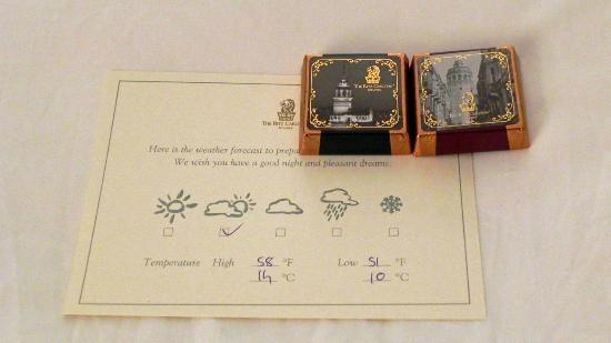 The Ritz-Carlton, Istanbul: Evening turndown service even leaves the weather forecast.