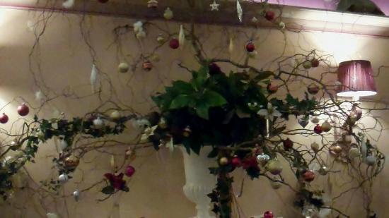 Chateau de Castel-Novel : Décoration de Noël dans un salon