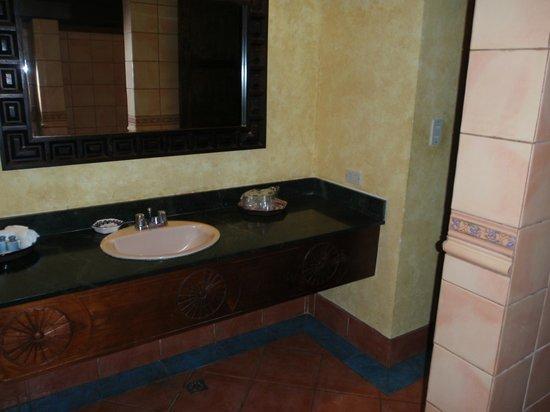 Hotel Atitlan: Bagno