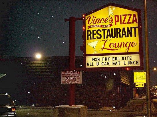 Vince S Pizza Chicago Menu Prices Amp Restaurant Reviews