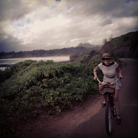 Coconut Coasters Beach Bike Rentals: riding bikes in kapaa!