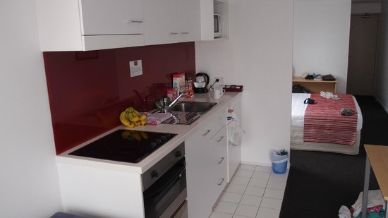 Waldorf Bankside Serviced Apartments: Kitchen