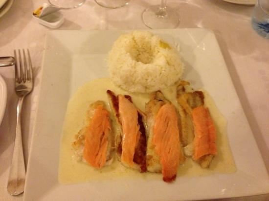 Le Sorrento : very good smoked salmon