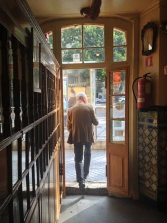 Antigua Casa de Guardia: Sicht von drinnen nach draußen