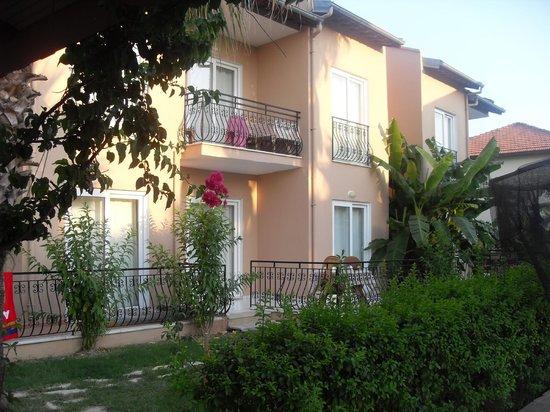 Villa Dolunay Apart Hotel: Room view