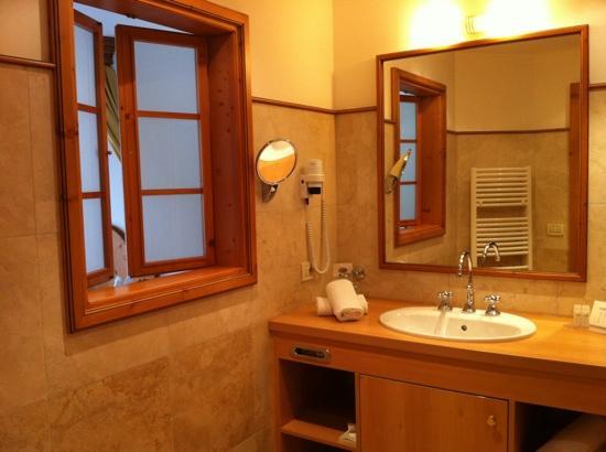 bagno con finestra  pasionwe, Disegni interni