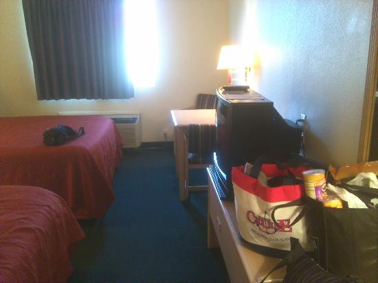 Rodeway Inn - Loveland: Room