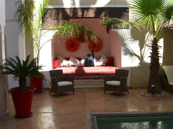 Riad Charai: surroundings at the pool
