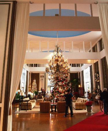 The Kahala Hotel & Resort: Grand Lobby