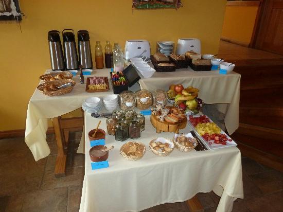 Peninsula Petit Hotel: El desayuno