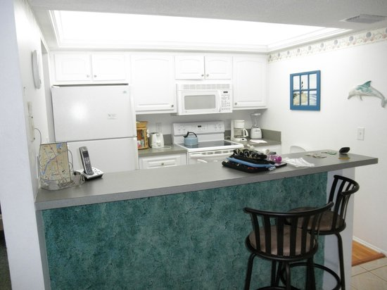 Sanibel Siesta on the Beach: kitchen