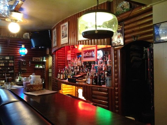 Stanley, WI: The bar at Kutzee's Supper Club