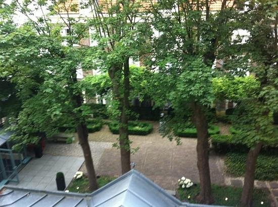 Hotel Pulitzer Amsterdam: room view