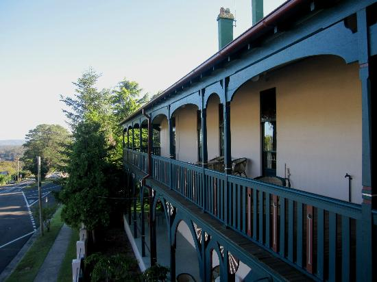 Victoria & Albert Guesthouse: The front balcony.