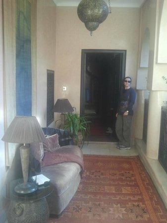 Riad Meriem : entrata Red suite