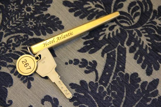 Hotel Atlantic Kempinski Hamburg: room key