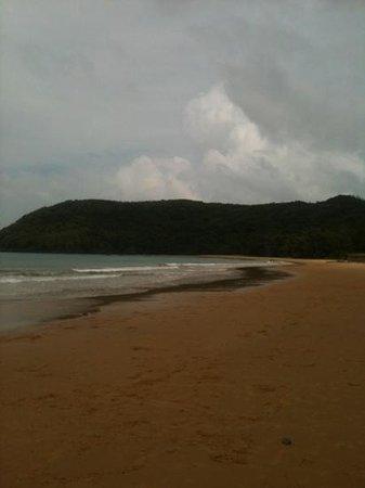 Con Dao Camping: strand in der naehe vom flughafen