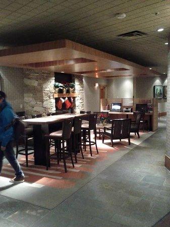 The Listel Hotel Whistler: Lobby