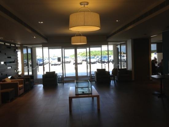 Lady Bay Resort: Foyer