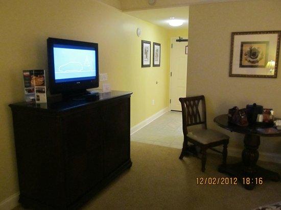 Anderson Ocean Club and Spa, Oceana Resorts: Flat screen TV