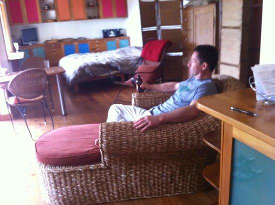 Joya Garden & Villa Studios: Inside room