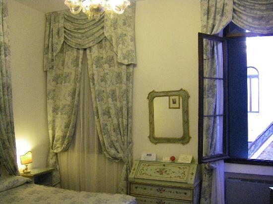 Giorgione Hotel: Chambre