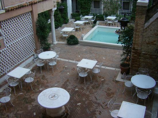 Giorgione Hotel: Vue de la chambre