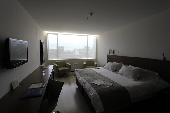 NH Collection Medellin Royal: view of the room