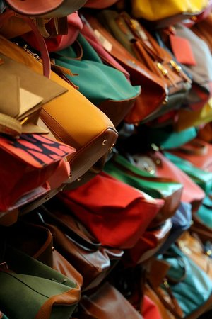 Platinum Fashion Mall: Bags galore !