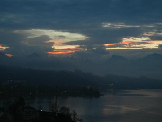 Art Deco Hotel Montana Luzern: Lake Luzern + Swiss Alps - view from room balcony.