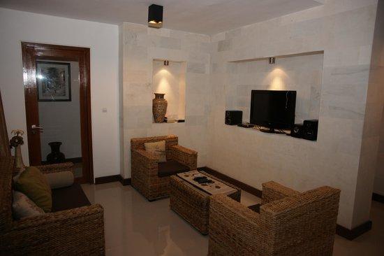 Villa Agung Khalia: Living room