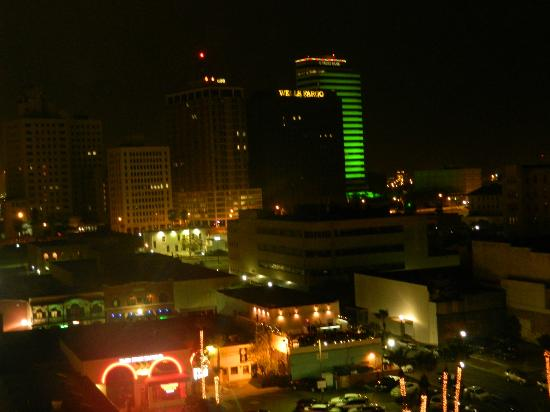 Best Western Corpus Christi: The bottom of the picture with the red neon- the balcony of that bar is where all the noise is